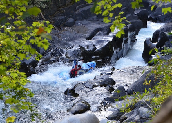 Best kayaking rivers in the French Alps image by Undiscovered Alps - Francois Lisbonne
