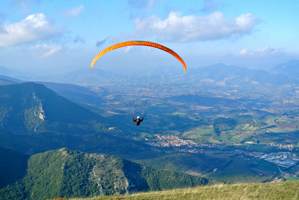 Italy paragliding holidays courtesy of Flytaly