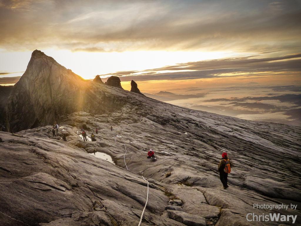 Malaysian Borneo overland holidays Mount Kinabalue flickr image by Chris Wary