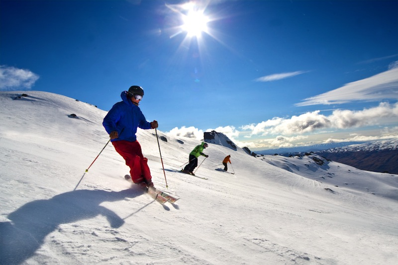 Guide to Wanaka skiing holidays: New Zealand's best ski town? Skiing Cardrona with NZ Snow Tours -Skiing Cardrona with NZ Snow Tours