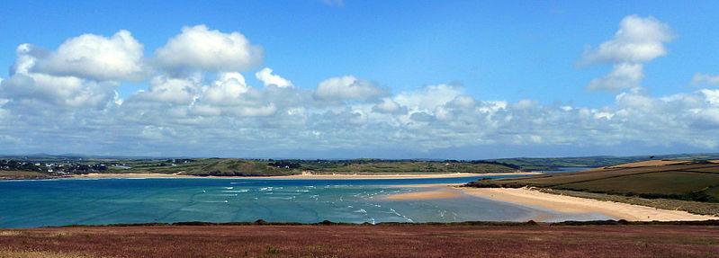 best Cornwall kite beaches
