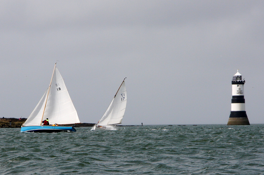 Learn to sail in the UK flickr image by Artificial Art
