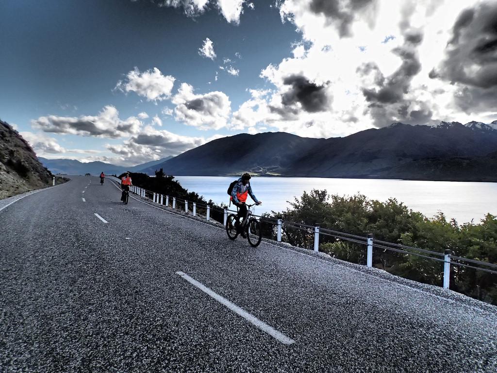 Best New Zealand biking holidays flickr image by Chris Reynolds Flying Kiwi tours