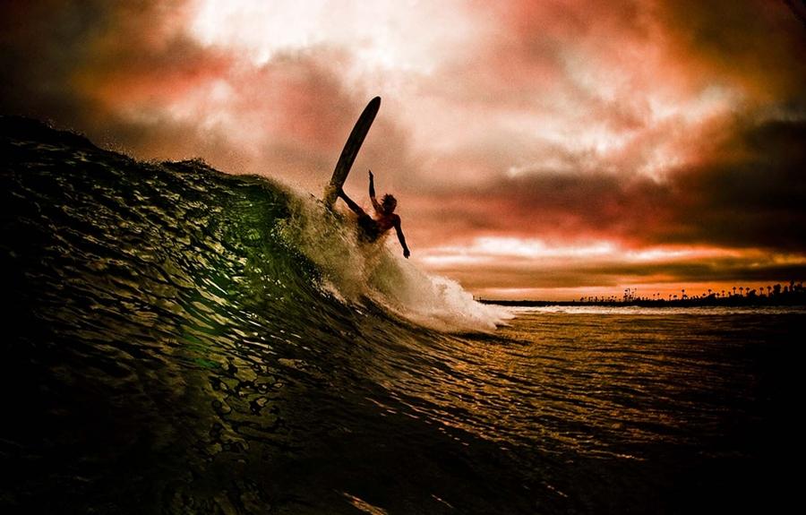 Surfing vs Skateboarding vs snowboarding: which is best? Flickr image by Maria Georgieva
