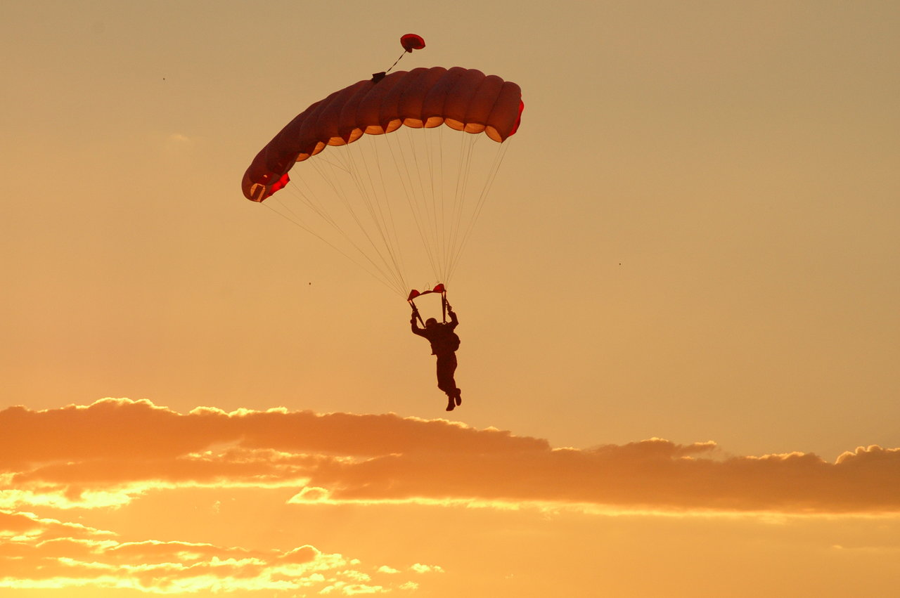 Best tandem skydive in Australia flickr image by Lachlan Rogers