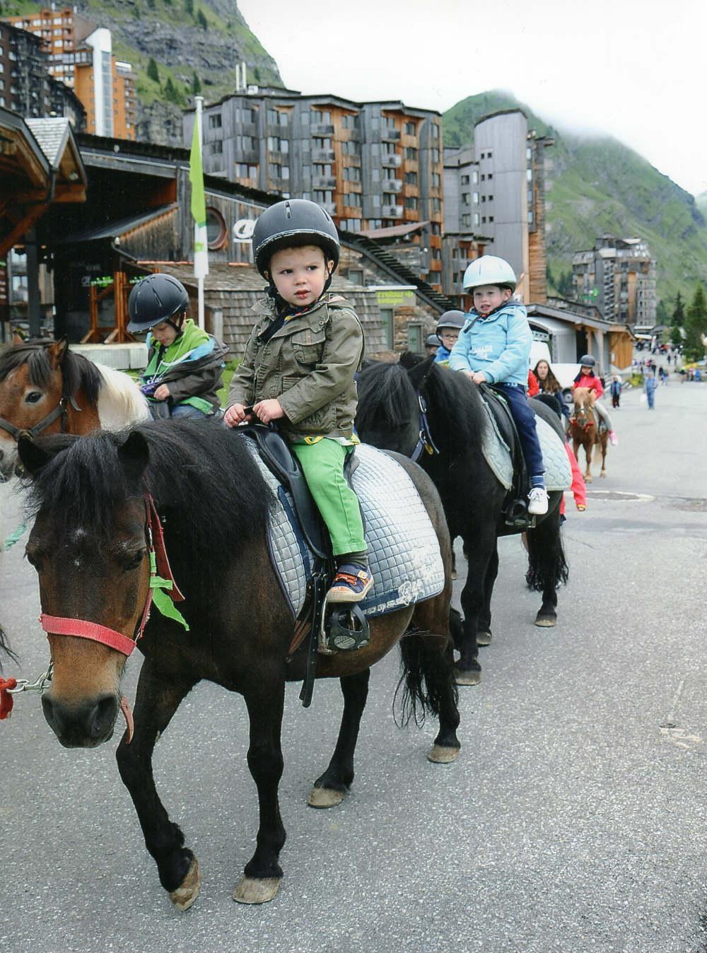 Children's Village Avoriaz Horse riding