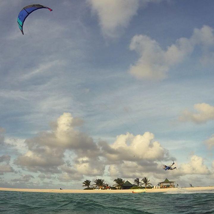 Anguilla Watersports discount: 10% off Kitesurfing