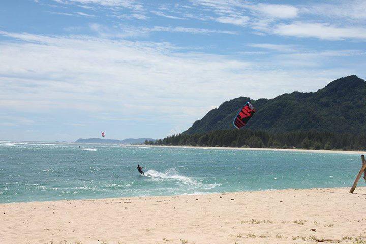 Seabreeze Kite Club Discount: 10% off Kitesurfing