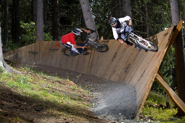 review of Les arcs mountain biking holiday in Arc 1950 downhill ©Scalp Les Arcs
