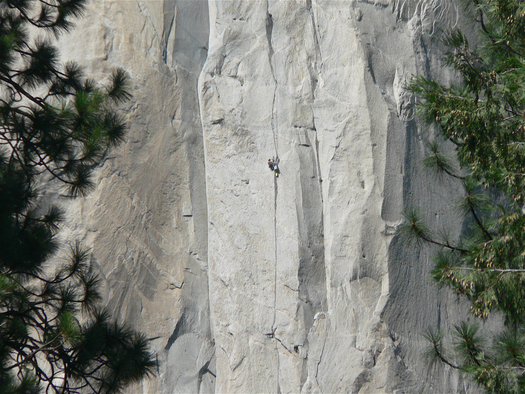 Climbing El Capitan Yosemite national park Flickr image by Naotake Murayama