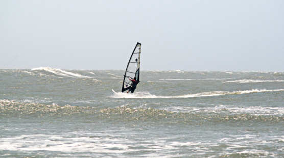 Casa Agua Vela Hostal discount: 10% off windsurfing in Colombia