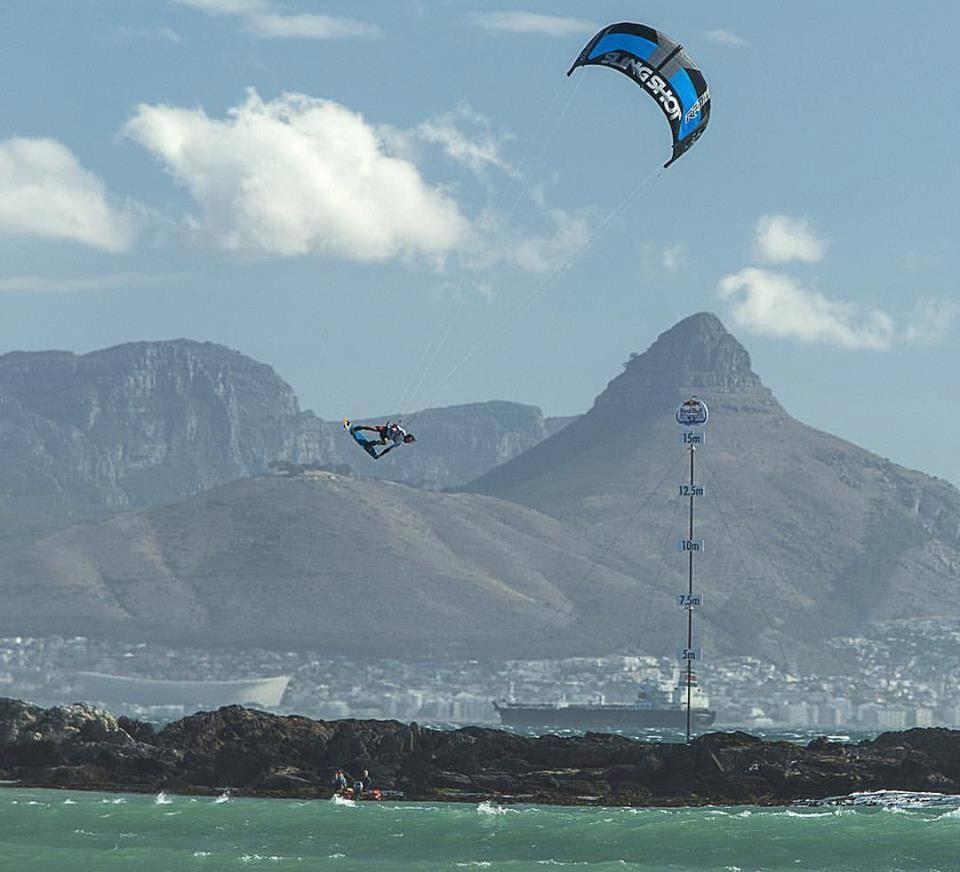 Kite Relax Tarifa discount: 10% off learning to kitesurf