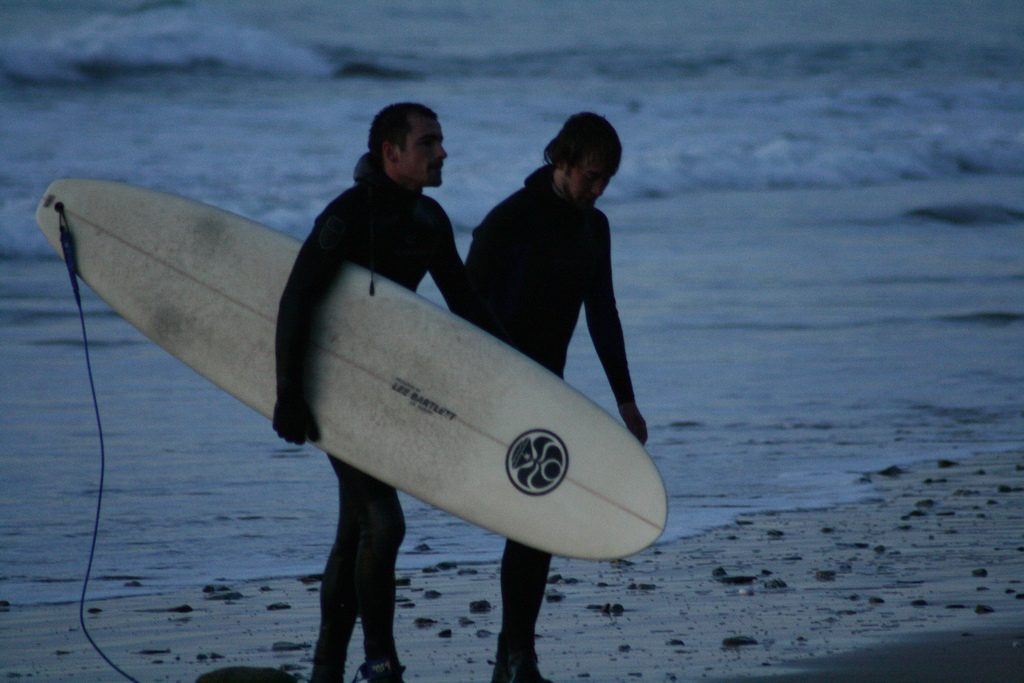 UK winter surfing guide enjoy British surf conditions year round Flickr image by 5lab