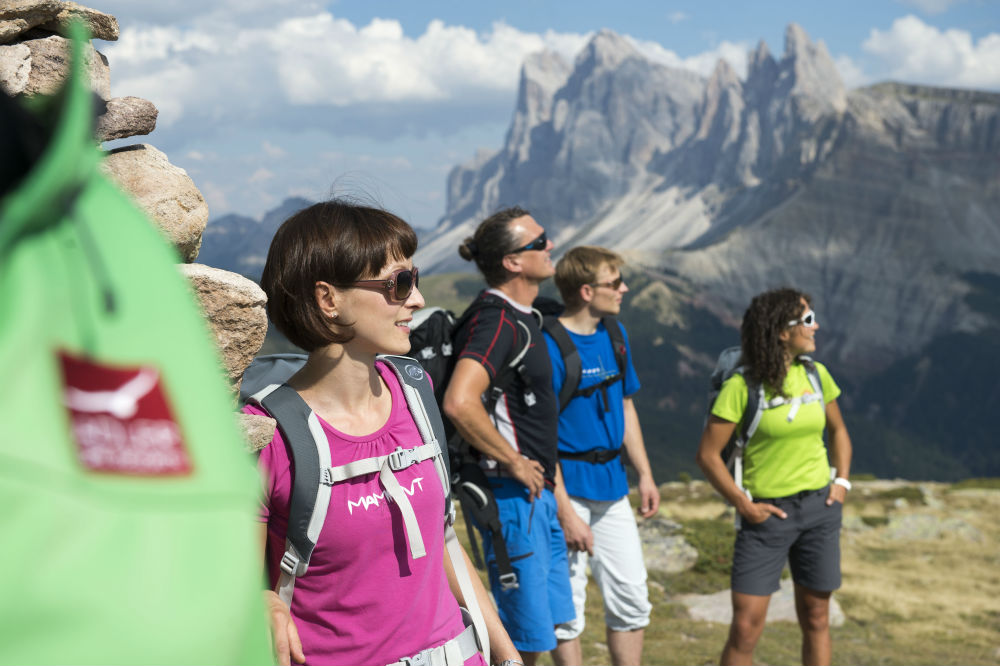 Four peak challenge Dolomite hiking holiday in Val Gardena Adler Dolomiti group hiking