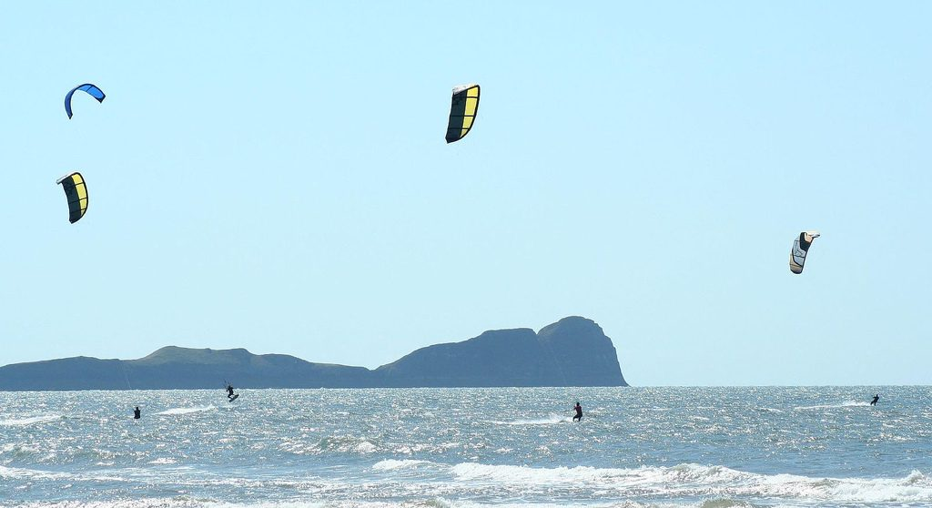 Gower Peninsula one of the Best kite spots in Europe flickr image courtesy of Simon Jackson
