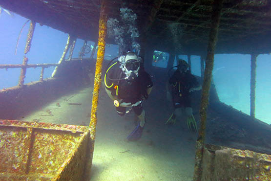 Guide to Phuket scuba diving holidays in Thailand - koh racha yai wreck