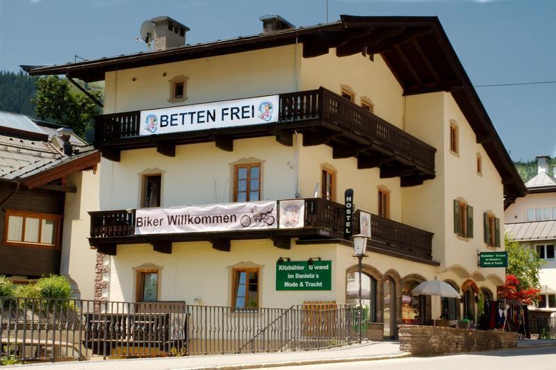 Budget skiing holidays: 10 best ski hostels in Europe image courtesy of Snowbunnys