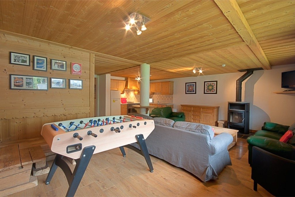 Review of Rude Chalets Morzine snowboarding holiday at Chalet Joseph