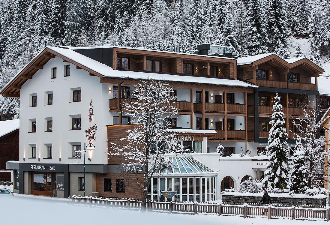 Snowboarding holiday at Hotel Kirchenwirt outside