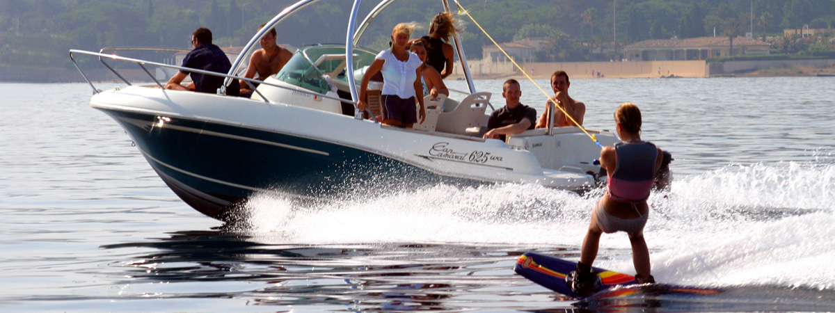 Falmouth powerboat charter Water ski and wakeboard in Cornwall