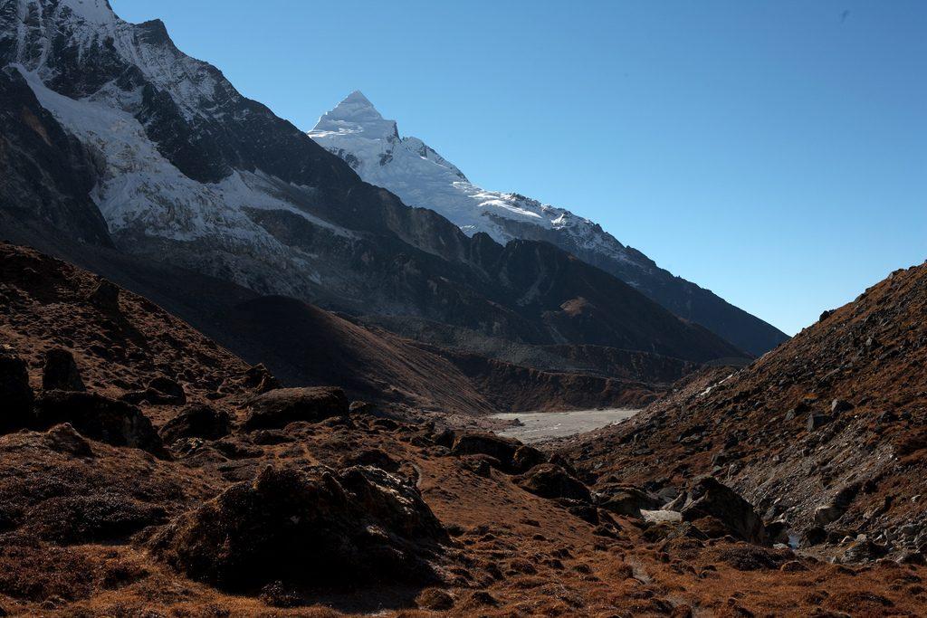 Goecha La: Best Himalaya trekking holidays image courtesy of Wikimedia Commons