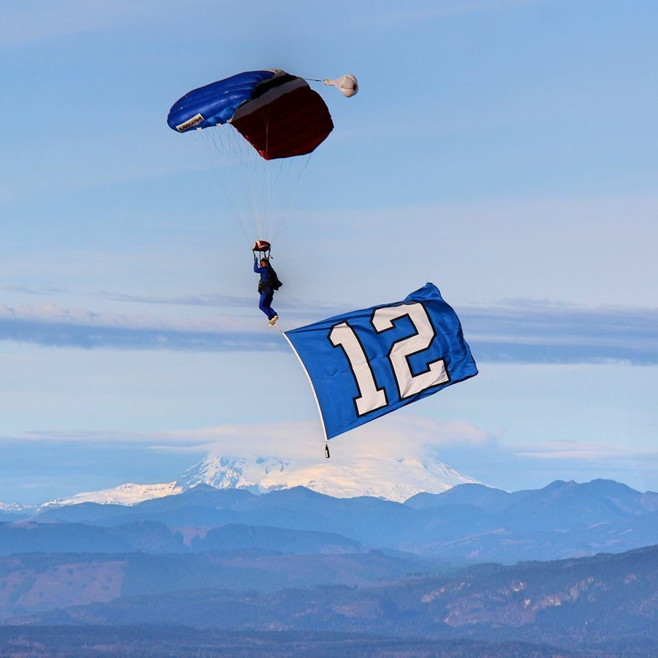 Best US dropzones where to skydive in the USA Image courtesy of Skydive Snohomish