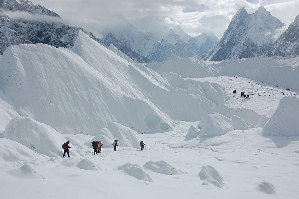 K2: Best Himalaya trekking holidays image courtesy of Wikimedia Commons