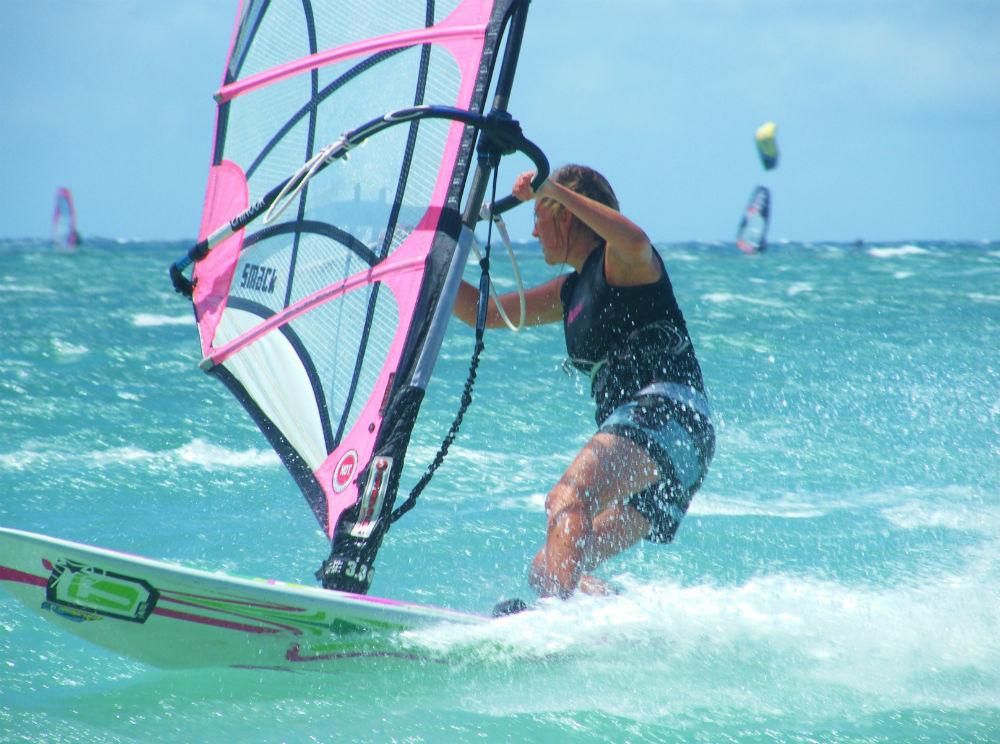 Secrets of Hawaii summer windsurfing in Maui image of Fi Plavenieks at Kanaha by Tez Plavenieks