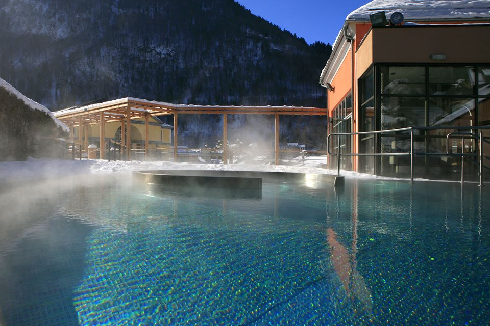Review of Cauterets snowboarding holiday in the French Pyrenees Image from Bains du Rocher facebook