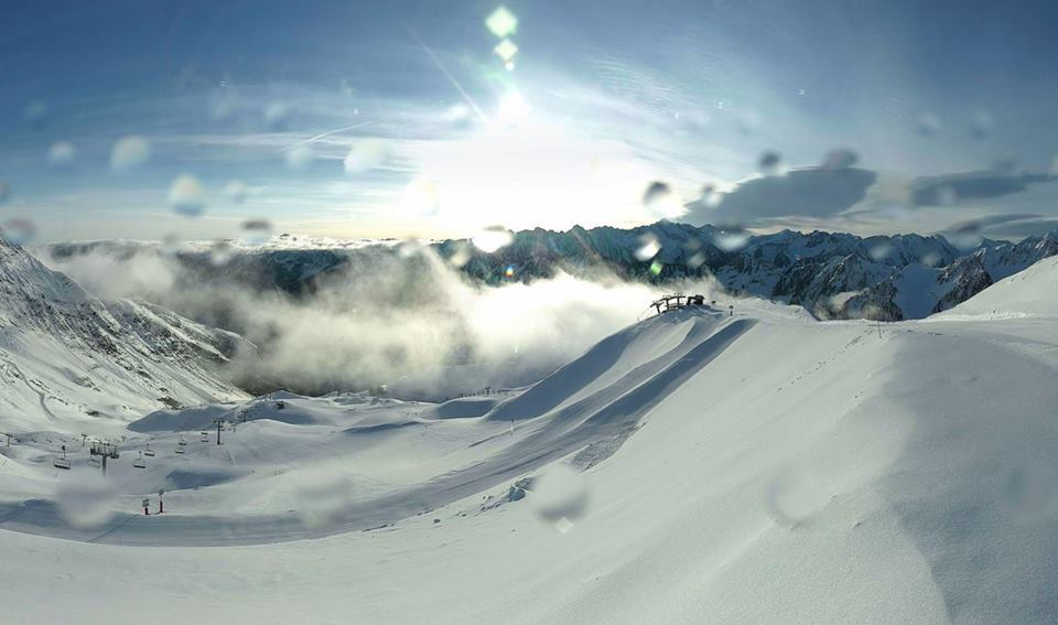 Review of Cauterets snowboarding holiday in the French Pyrenees Image from Cauterets facebook page