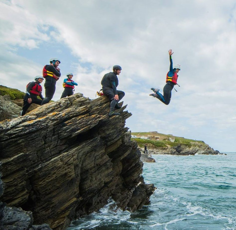 Cornish Wave Discount: 10% off wilderness adventures in Cornwall