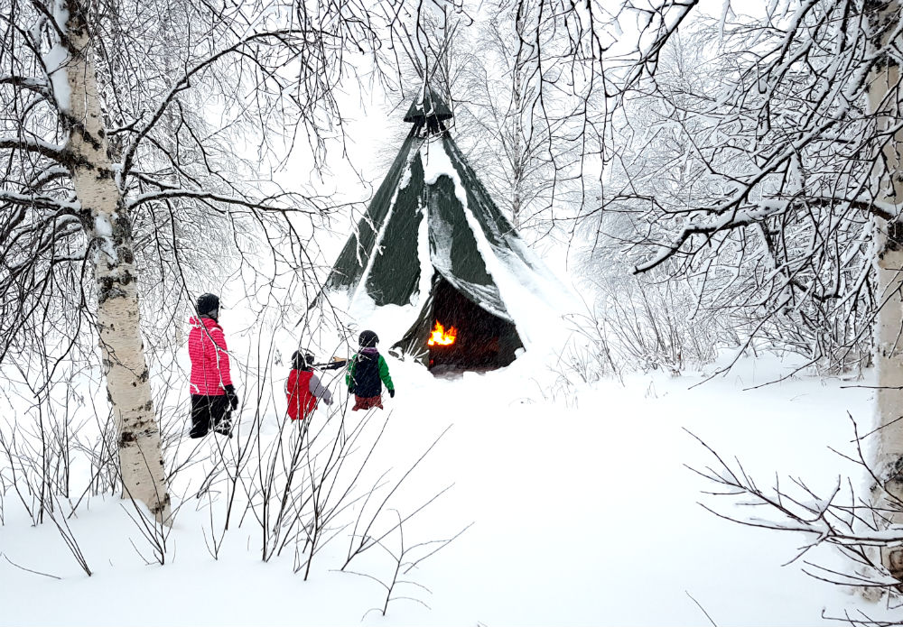lavvu in the snow Christmas in Lapland Review of Ruka family adventure holiday