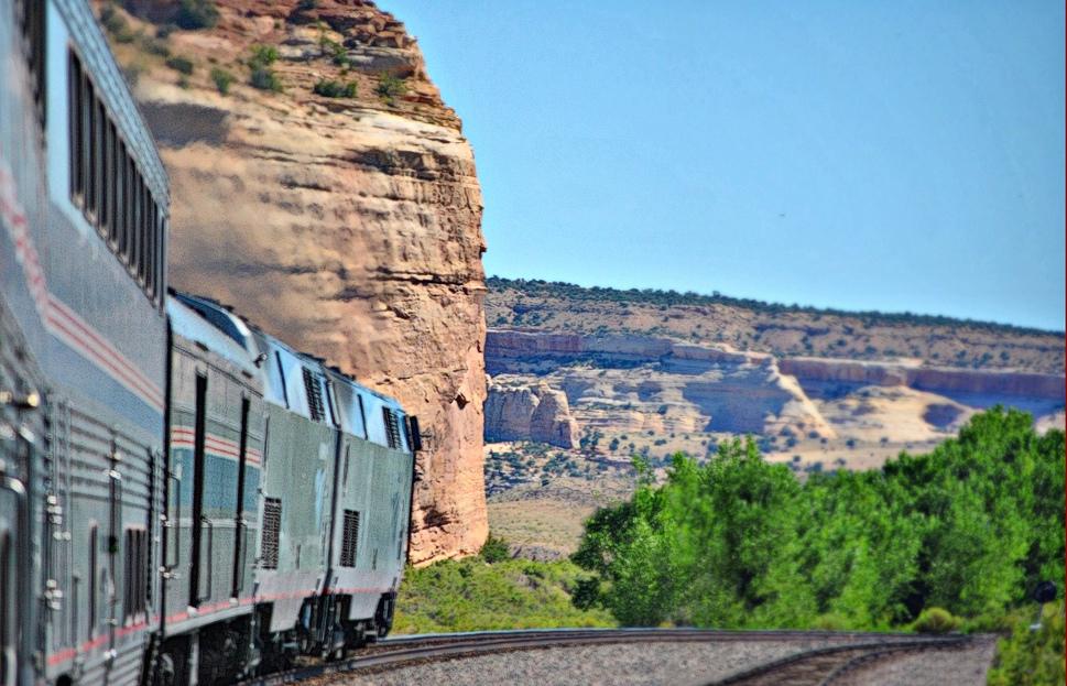 Amtrak train overlanding in the US