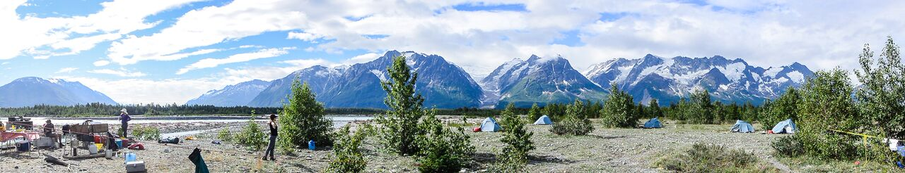 Rafting expedition in Canada Tatshenshini River Image courtesy of Canadian Outback Rafting