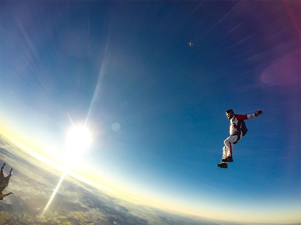 Skydive FAQ: 9 skydiving questions you feel silly asking Image courtesy of Upsplash