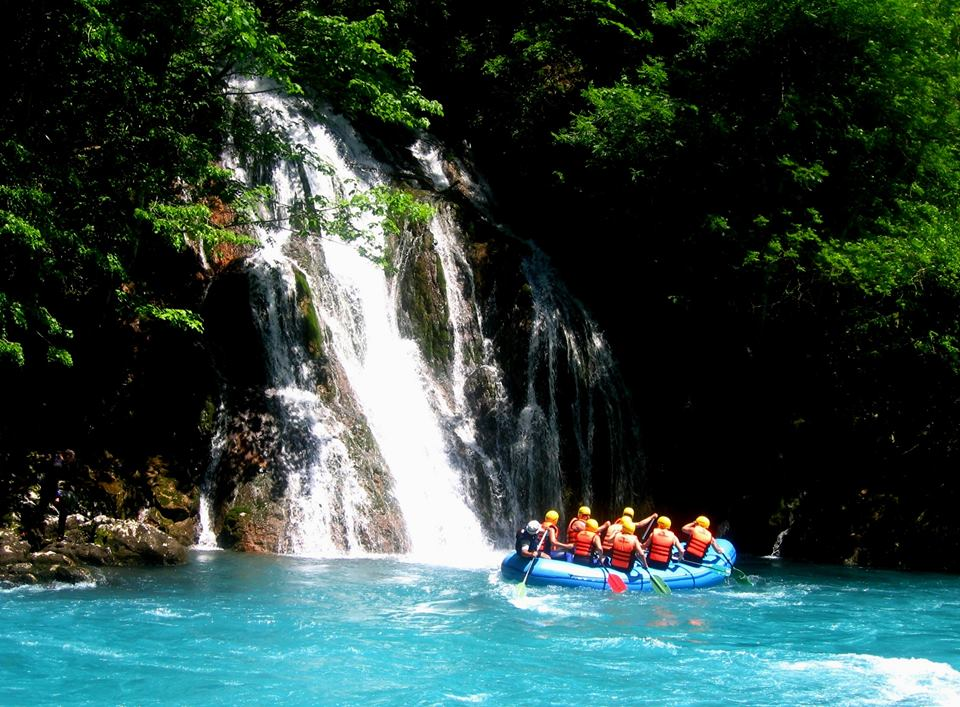 Guide to Tara River rafting holidays in Bosnia and Montenegro image courtesy of DMD Kamp