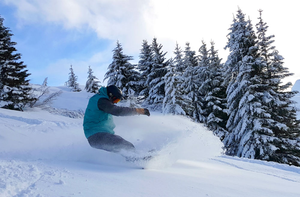 Review of Elevation Alps Chalet Kapa snowboard holiday in Morzine Lindarets