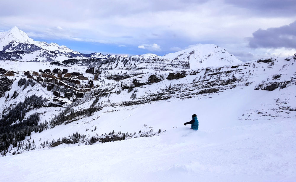Review of Elevation Alps Chalet Kapa snowboard holiday in Morzine vier of Avoriaz