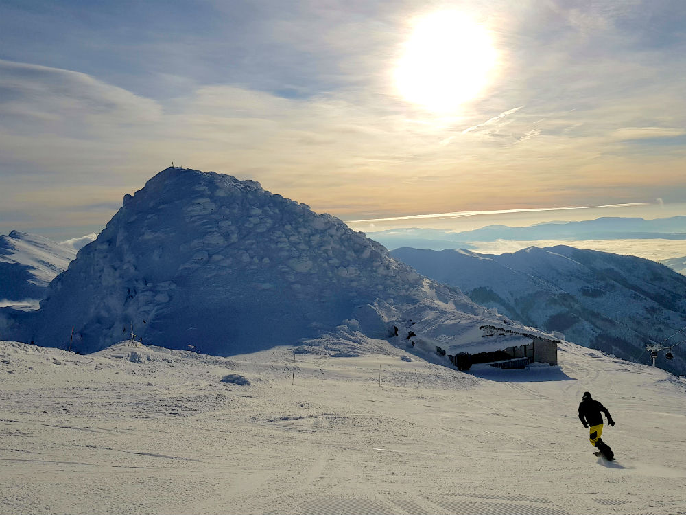 Review of Jasna snowboarding holiday in Slovakia & Tatra freeride