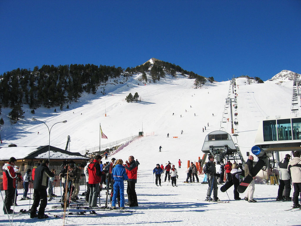 Arsinal Andorra-best cheap ski holidays in Europe- FlickrCC image by graphiclunarkid
