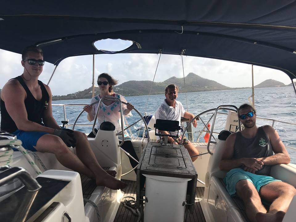 SeaHorse Sailing School discount: 10% off Grenadines learn to sail holidays