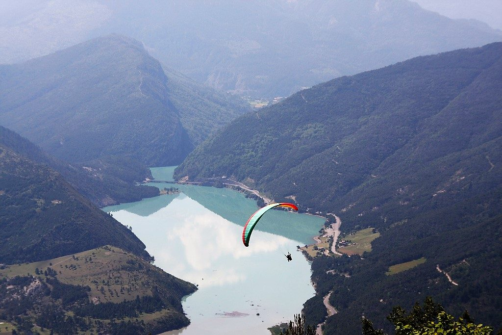 23 best paragliding sites in Europe - St Andre Les Alpes - Flickr cc image by Peter Visser