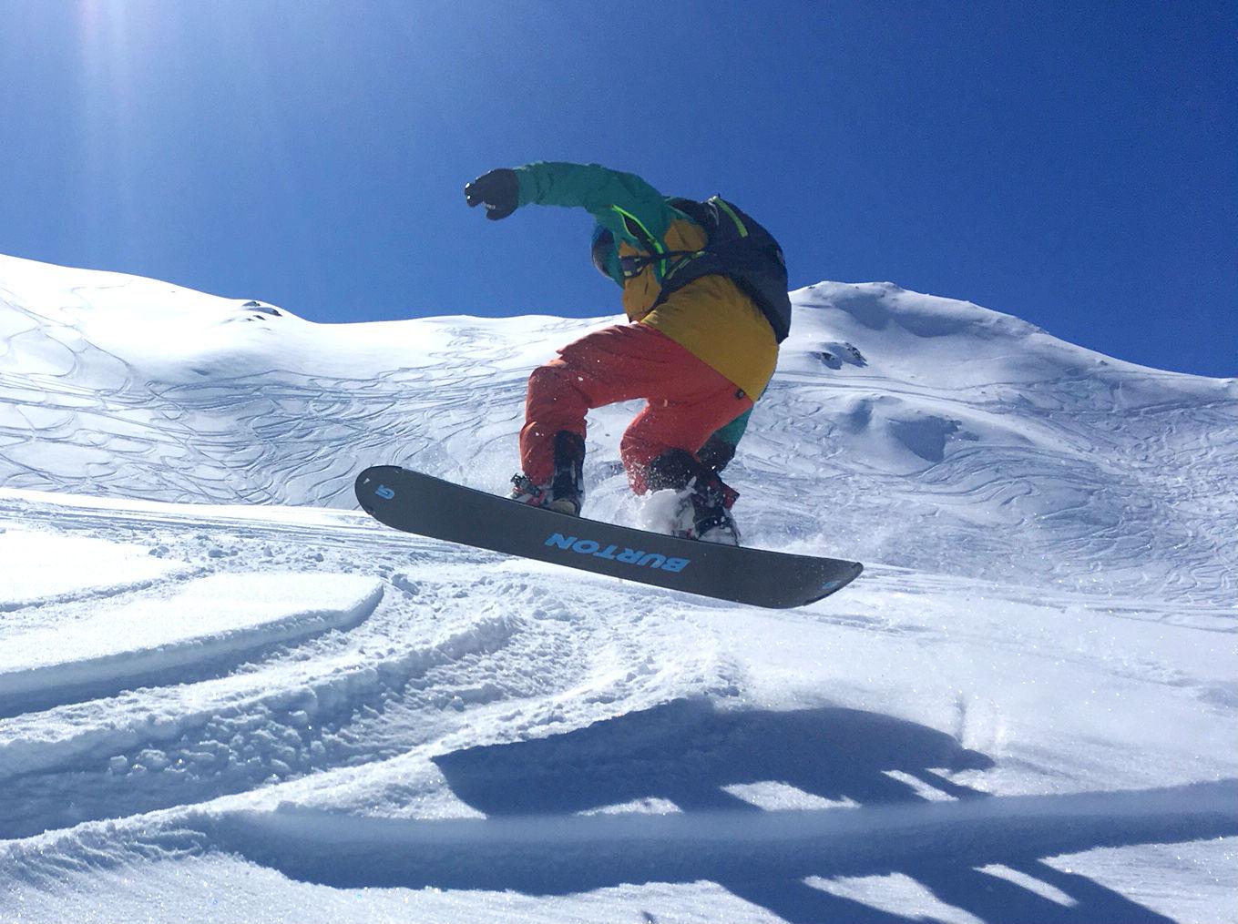 Les Menuires snowboarding review freeride