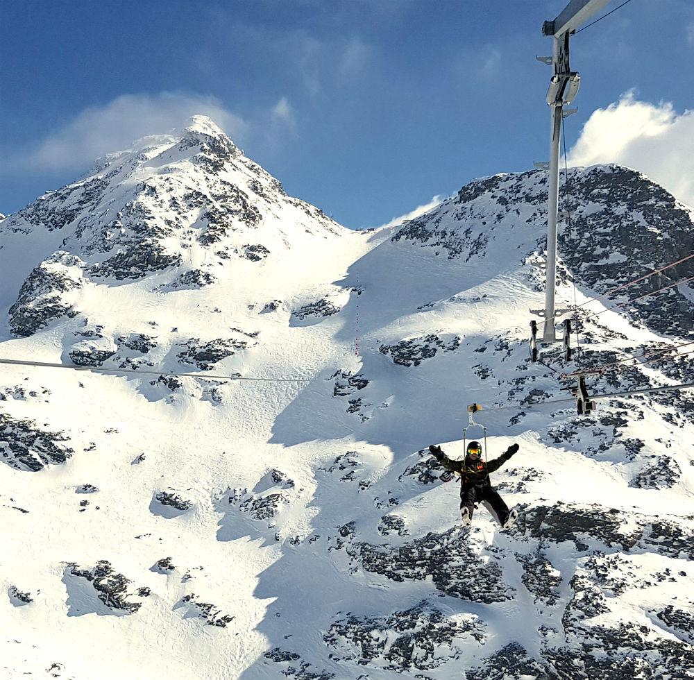Les Menuires snowboarding review zipline
