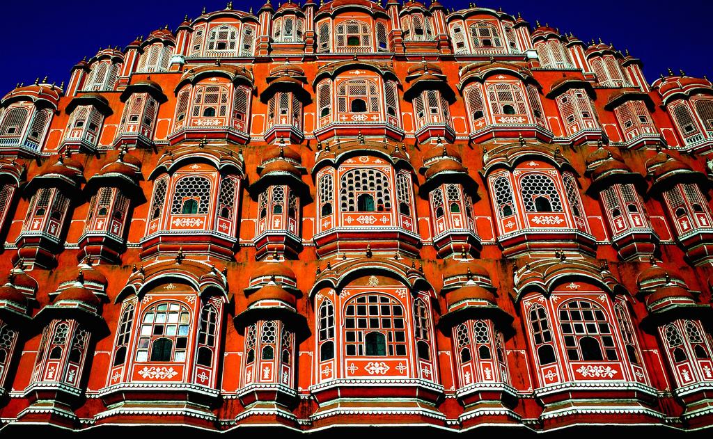 Indian safari adventure in Rajasthanvs Sri Lanka wildlife tours Flickr CC Image of Jaipur by Photographing Travis