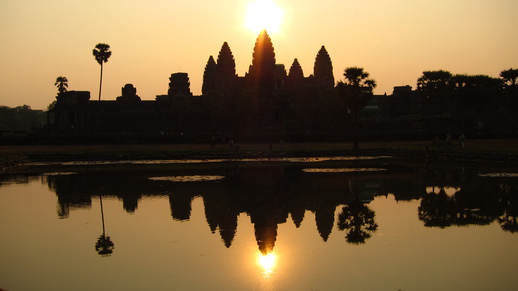 Planning the best gap year adventure in SE Asia Flickr CC image from Angkor Wat, Cambodia by hslo