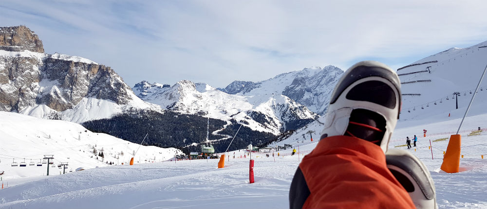Review of Dolomites snowboarding holiday in Val Gardena lunch at refugio finale