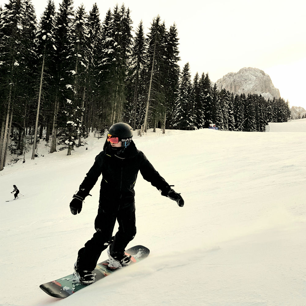 Review of Dolomites snowboarding holiday in Val Gardena