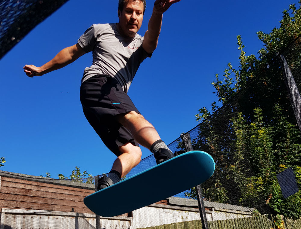 Review of Snowboard Addiction Tramp Board Home snowboard training - shifty