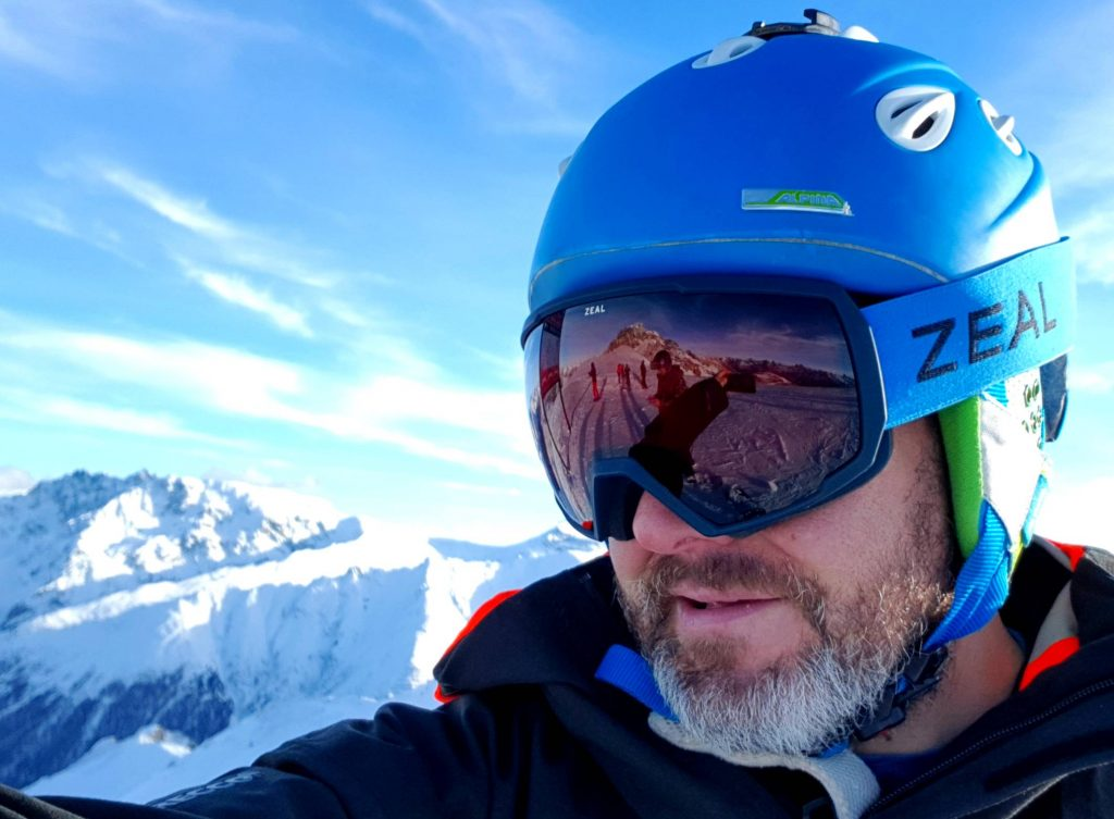 Review of Zeal Nomad Polarized automatic light changing goggles